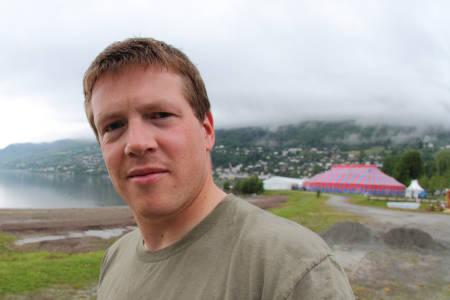 PÅ JOBB: Tore Meirik er på plass på Voss. Blant annet for å konkurrere.