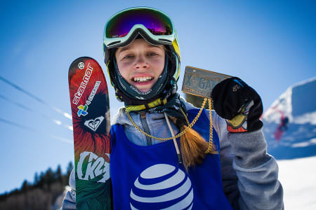 MISTER OL: Kelly Sildaru fra Estland har skadet kneet, og hele kommende sesong er ødelagt for 15-åringen. Arkivfoto: Anders Holtet