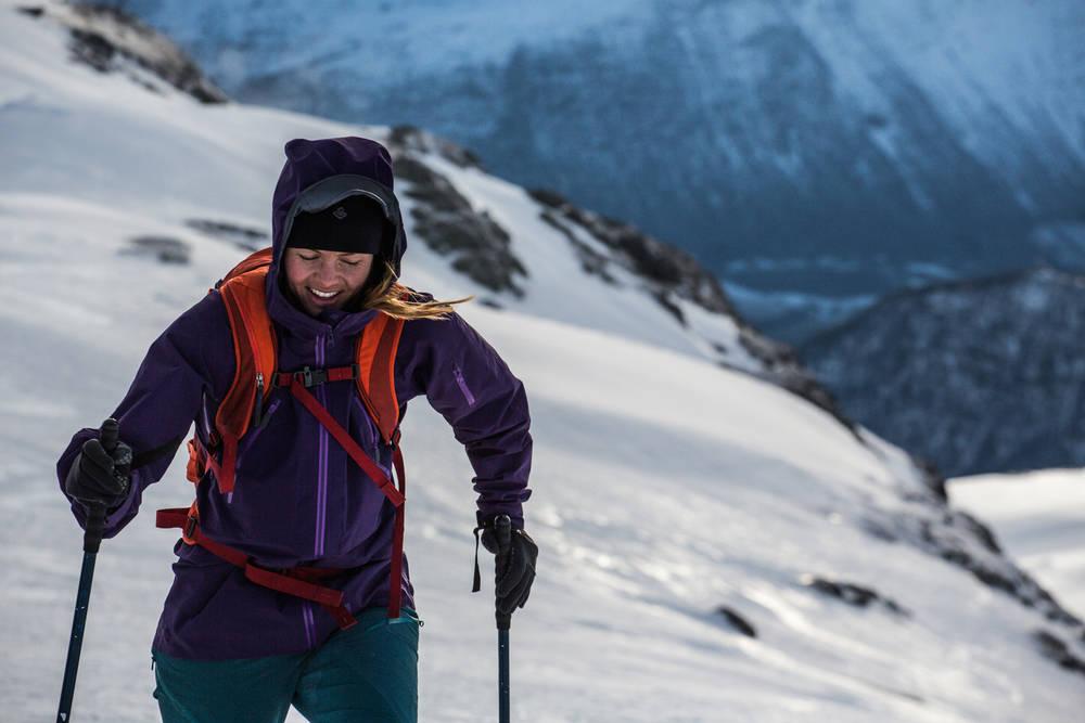 HEIE FREM: Anja Gardli mener vi må fortsette å heise fram jenter. Foto: Andreas Løve Storm Fausko