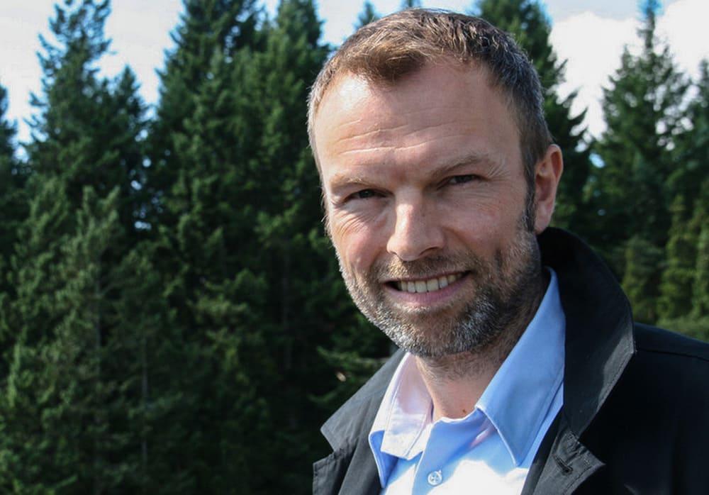 UTFORDRING: Bård Kristiansen, administrerende direktør i Sportsbransjen AS, sier de er for forbudet mot PFOA, men at de trenger mer tid til omstilling.