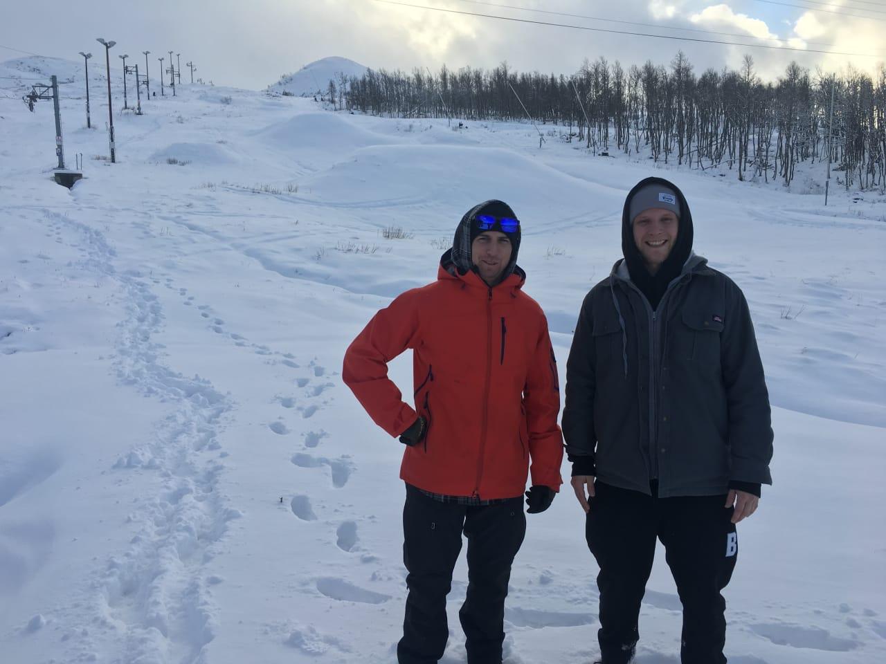 PARKBYGGJARANE: Clint Butcher og Lukas Vesely skal bygge park på Vierli i vinter.