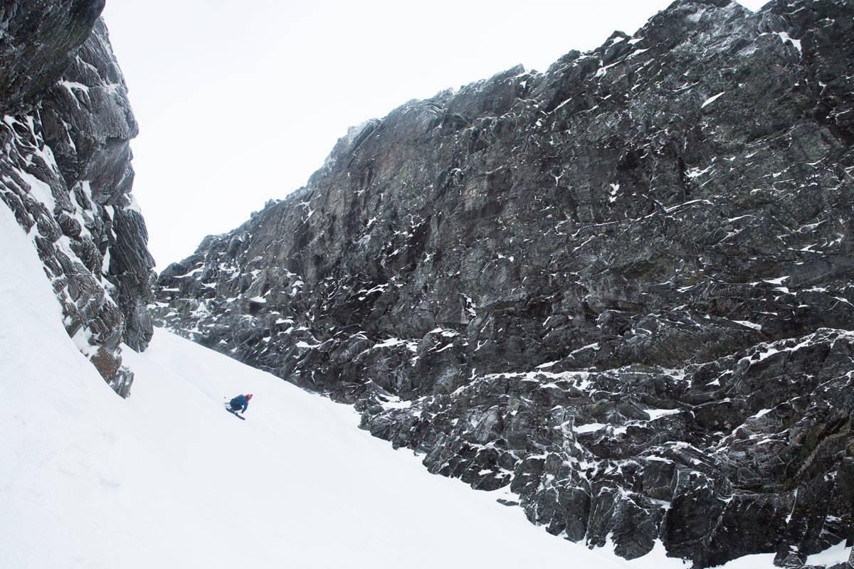 THE BIG MAMA OG TRYGVE: Programleder Trygve Sande på vei ned Furuveita på Nordmøre. Foto: Tore Meirik