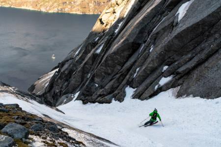 GLÆDER: I den fjerde og siste episoden av Glæder får vi bli med på rennekjøring i nord. Foto: Kyrre Buxrud