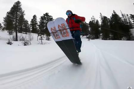 PÅ TOPPTUR: Se Sebastian Schjerve på topptur utenfor Namsos. Foto: Skjermump