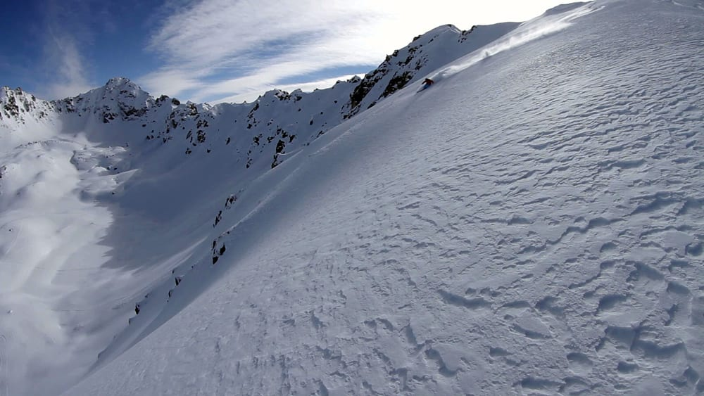 KAUKASUS: Mark Abma, Mike Douglas og Kaj Zackrisson koser seg i kaukasiske fjell og på en meget eksklusiv lodge!