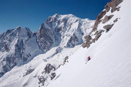 SKIKJØRING: Fra gondolbanen får du fantastisk skikjøring i Alpene. Foto: Skjermdump