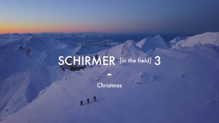 GOD JUL: Nikolai Schirmer feirer jul på maksimalt vis.