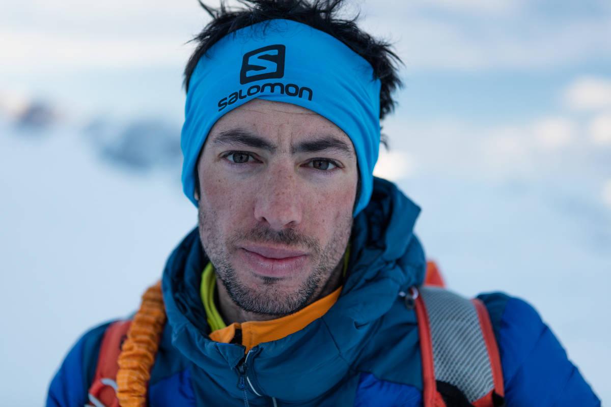 INGEN OVER, INGEN VED SIDEN: Dette er verdens sprekeste mann, og den eneste som har kjørt Fivaruta i Romsdalen på ski. Snart blir han pappa, og snart skal han kjøre Fivaruta igjen. Foto: Matti Bernitz