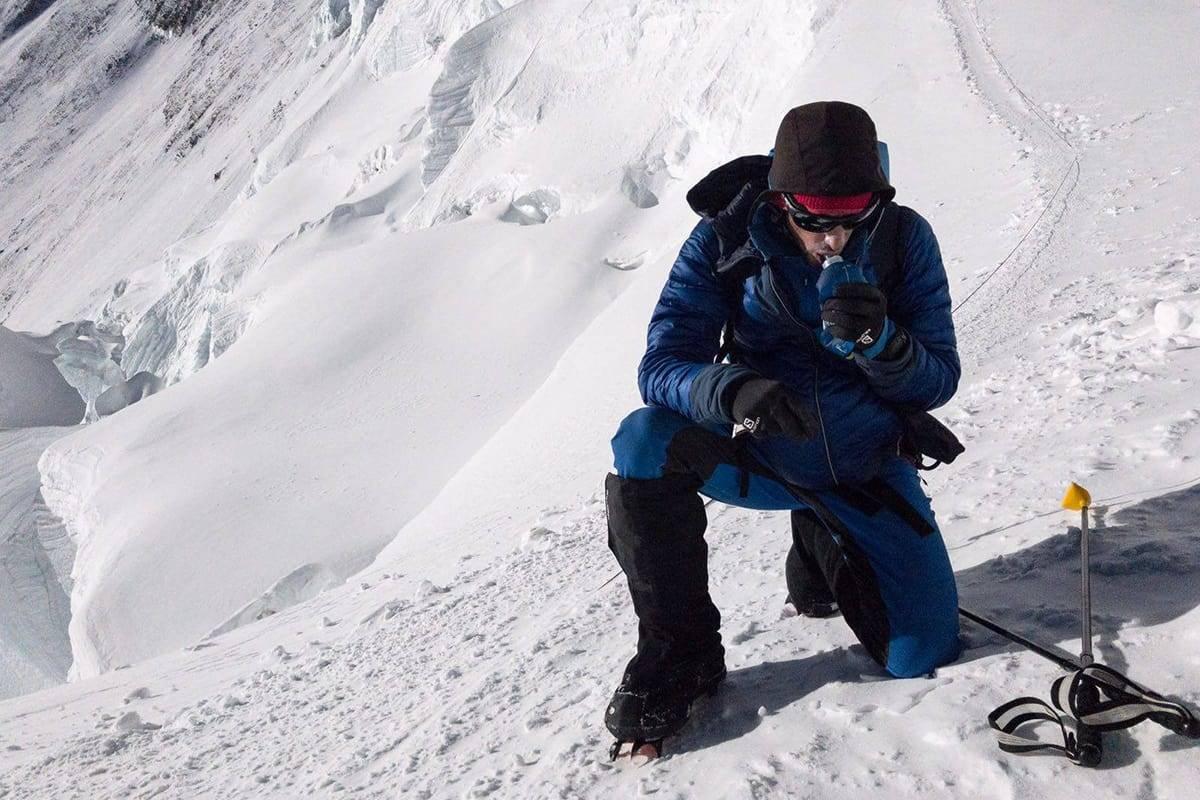AVBRYTER REKORDFORSØK: Kilian Jornet og David Goettler avbryter rekordforsøket på Everest og Lhotse-traversen. Foto: Kilian Jornet