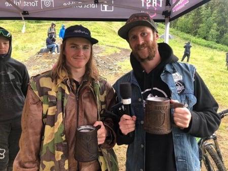 KOMPISER: Å være speaker med Marius Håker (til høyre) er det artigste Robert Ruud veit om - kanskje ikke så rart. Foto: Privat