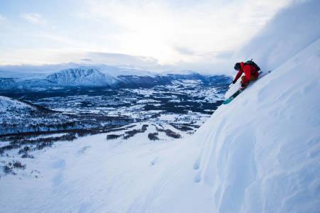 VINTERFERIE: Det er snart vinterferie i norske skianlegg. Dette sier kommuneoverlegene om de kommende ukene. Foto: Tore Meirik