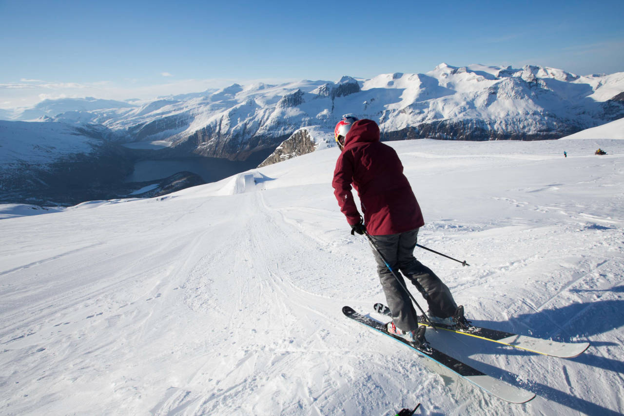 Glomfjord alpinsenter meløy glåmfjord mo i rana helgeland skisenter løypekart alpint snowboard fri flyt guide snowboard ski freeride