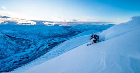 Myrkdalen pudder offpiste voss resort freeride frikjøring ski info snø snowboard topptur randonee hemsedal trysil offpiste guide tips fri flyt