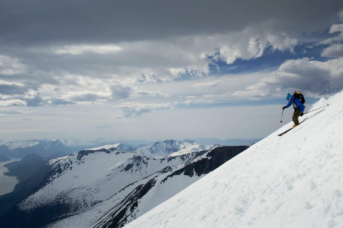 Rauma skisenter ski freerdie guide topptur randonee åndalsnes anlegg ski alpint