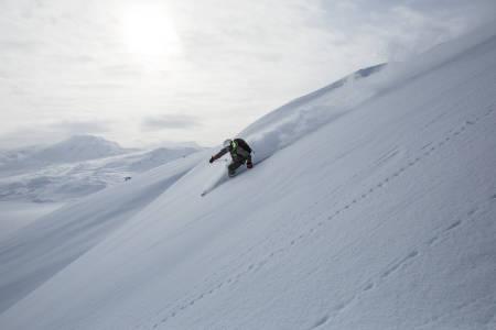 riksgransen riksgränsen riksgrensen norge sverige abisko björkliden lappland resort topptur ski randonee freeride guide fri flyt