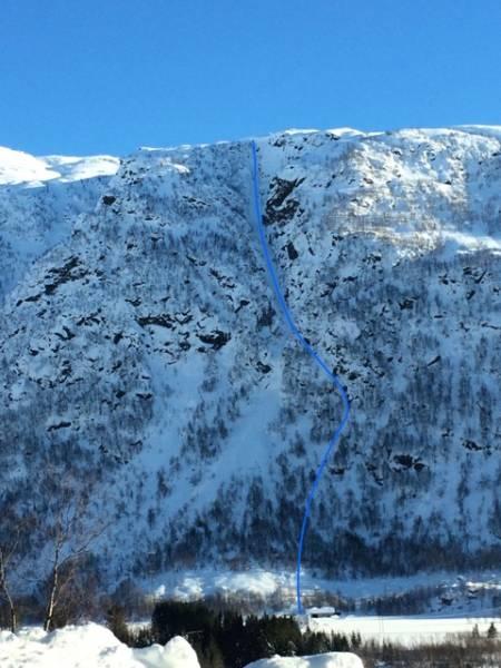 UNNGÅ FOSSEN: ... følge geitesti ut ski venstre. Illustrasjon: Nils Kristian Berge