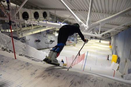 SNØ lørenskog hemsedal alpin ski snowboard skistar guide freeride