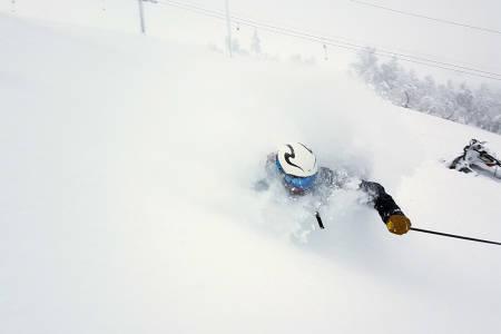 Stryn pudder alpint ski snowboard topptur randonee loen skylift stryn vinterski sommerski folven nordfjord