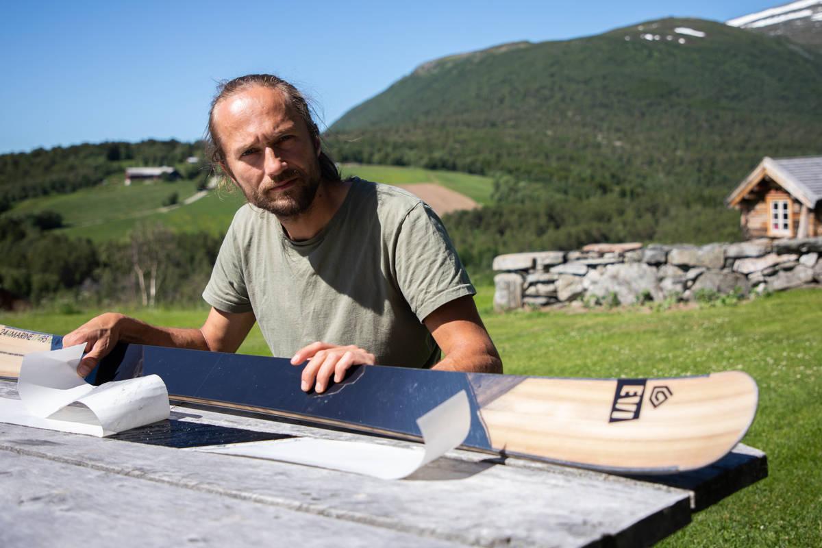 Endre Hals karbon ski