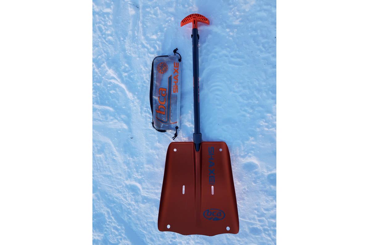BCA Shaxe Speed Avalanche Shovel test