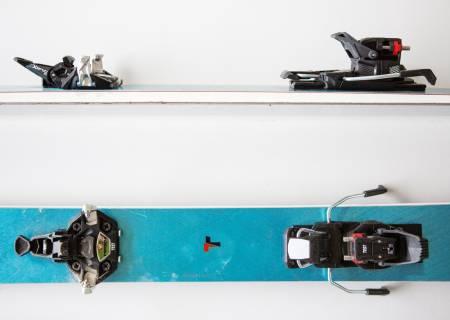 LILLEBROR: Xenic 10 er en ny binding fra sveitsiske Fritschi, som på få år har gått fra null til tre techbindinger i sitt sortiment. Dette er den letteste av dem. Bilde: Tore Meirik
