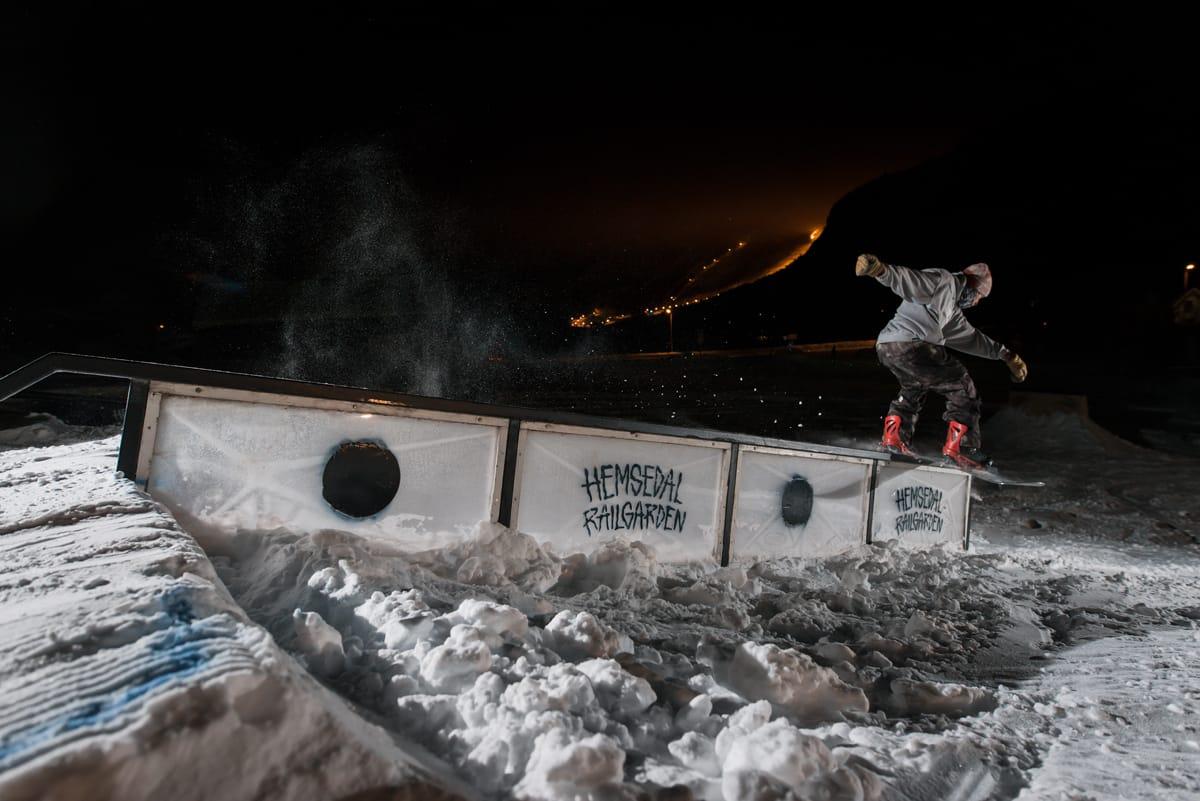 EFFEKTIV: Hemsedal Railgarden er muligens den feteste terrengparken i Hemsedal. Foto: Žygimantas Panda Vaičaitis