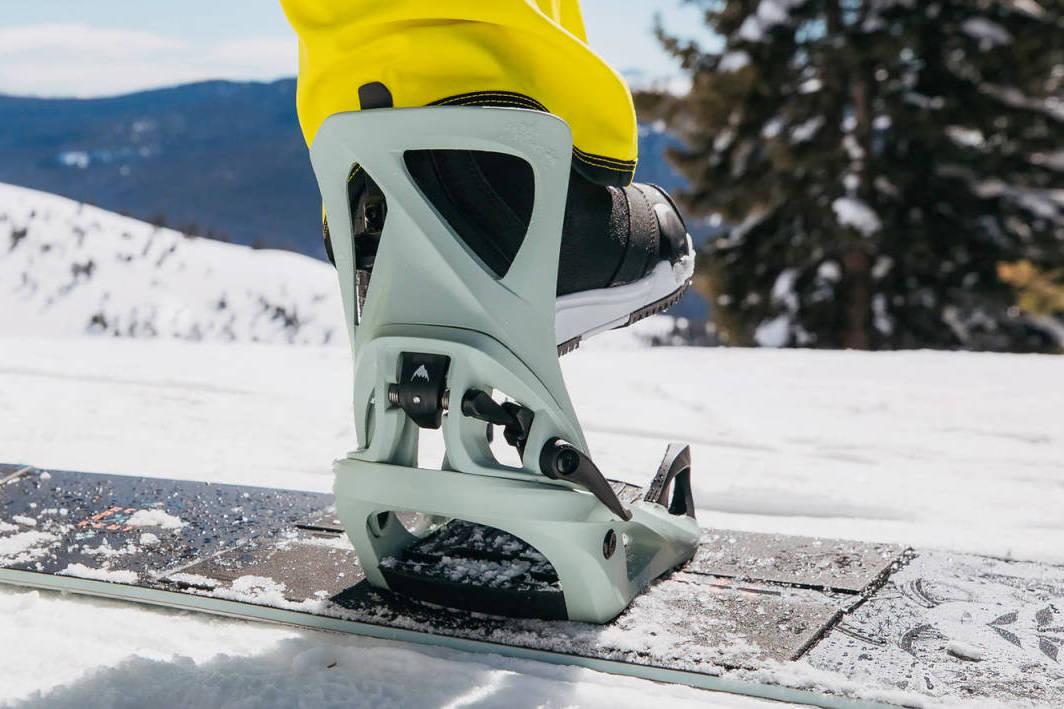 Stance binding snowboard