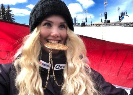 Silje Norendal kunne bite i sitt tredje strake X Games-gull i slopestyle. Foto: Snowboardforbundet