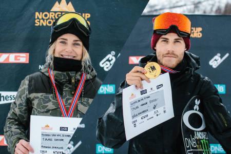 MESTERNE: Andrea Straume og Ståle Sandbech vant NM i boardercross. Foto: Daniel Jacobsen