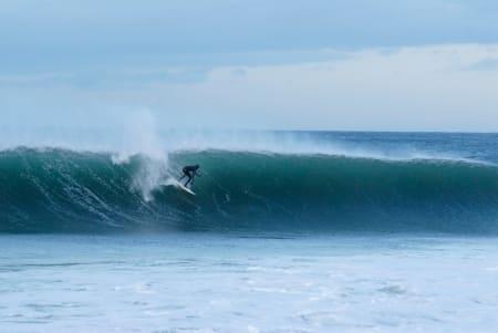 TENK OM: Det er vel for mye å drømme om. Men hvis det blir slike forhold, er det fler enn Surf Norge-redaktøren Per Arne Zahl som blir lykkelige. Bilde: Anne-Christine P. Meling