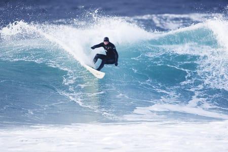 41 gode steder å surfe i Norge