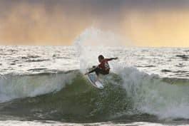 INTERNASJONALT: Surfere fra Australia, England Portugal og Danmark tok turen. Foto: Otto A. Prestmo