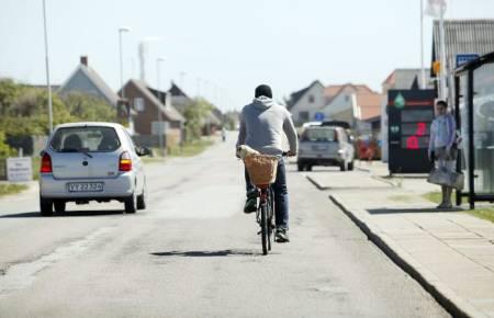 Klitmøller i Danmark slet med fraflytting før surferne kom til byen. Nå er Cold hawaii en attraksjon.  Foto: Caroline Omlid