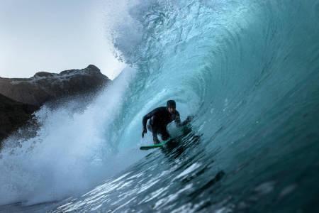 Surf kaldt vann