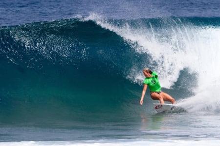 TILBAKE: Bethany Hamilton skal surfe i Fiji. Foto: WSL