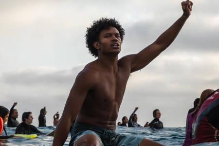 Surfere Santa Monica George Floyd