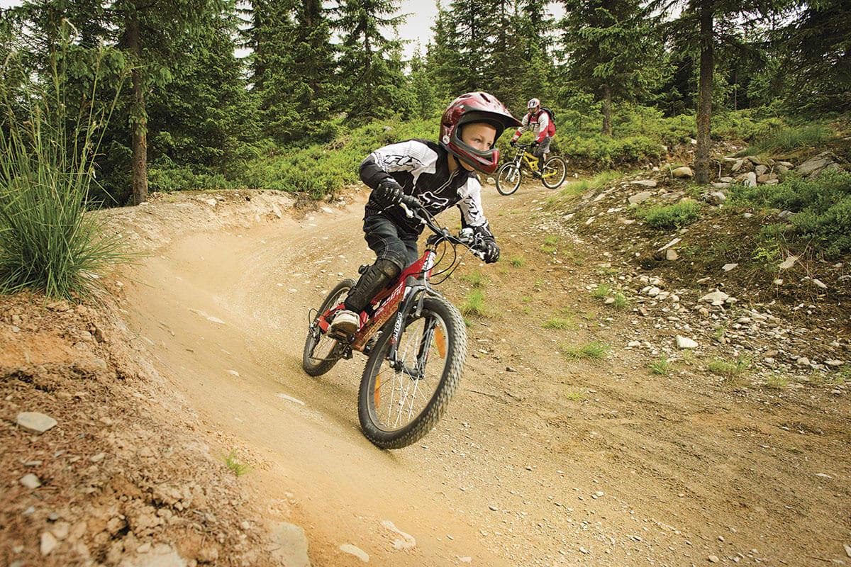 REKRUTTERING: Med ny, grønn løype, og barneområde skal Hafjell Bike park få flere i sykkelløypa. Foto: Hafjell Skisenter