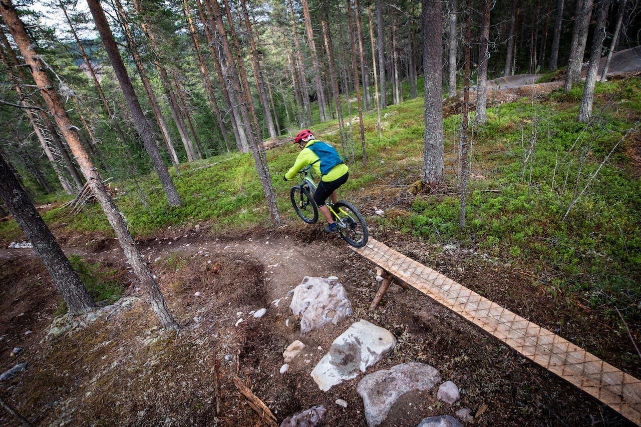 BRAKSUKSESS: Med penger fra kommune, fylke og lokalt næringsliv har sykkelprosjektet i Trysil blitt en suksess. Her er Anders Backe i aksjon i Gullia. Foto: Fredrik Otterstad
