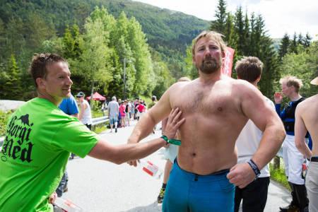 Lars Georg Paulsen (til venstre) padla fortest, men Steinar Willassen knuste alle i både ski og stisykling i den individuelle klassen