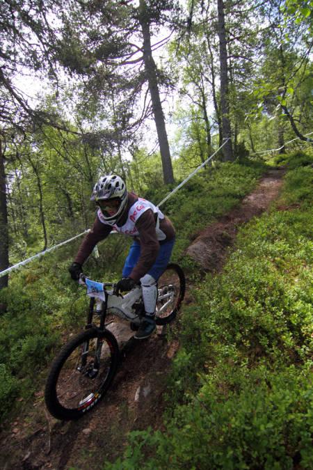 SLITSOMT: Sykkelløypa er lang og med to tråkkepartier tyder mye på mange slitne deltagere. Foto: Tore Meirik