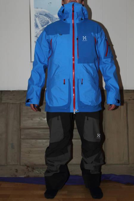 VASSI: Slik ser Haglöfs Vassi jacket og bib sammen på stuegulvet. Det skal bli mye mer spennede å prøve dem i fjellet!