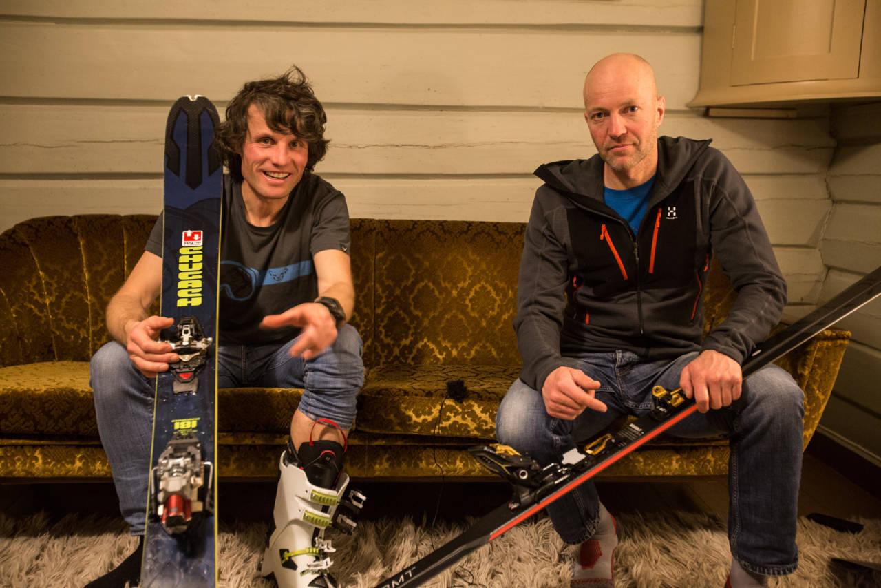 KUNNSKAP I SOFAEN: Ola Hovdenak og Bård Smestad har mye på hjertet. Bilde: Christian Nerdrum