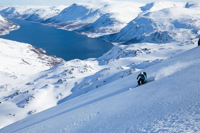 Derfor bør du reise på topptur i Vest-Finnmark