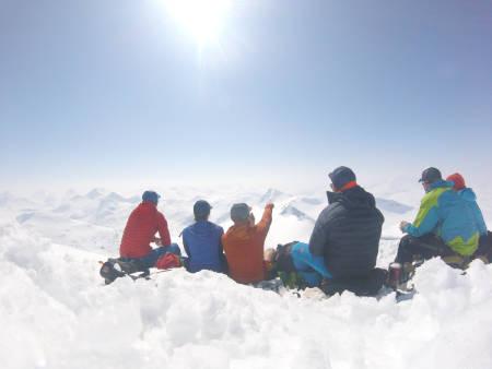 Fra toppen av Storebjørn. Et fantastisk sted å spise lunsj.