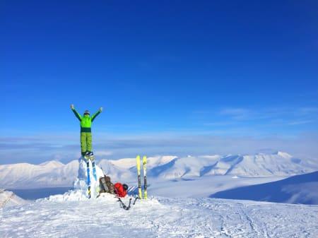 FANTASTISK: For et vårvær på Svalbard! Foto: Mirko Chiappin