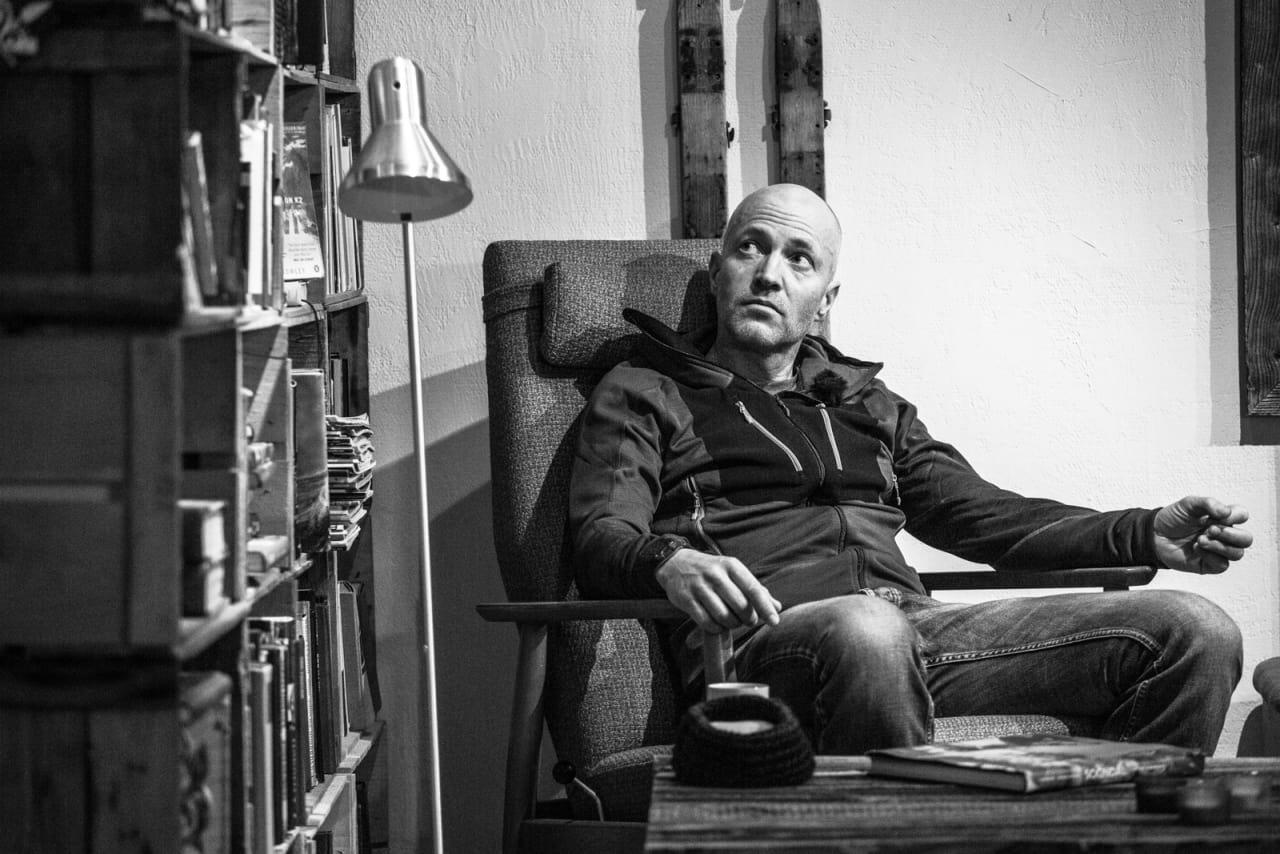 «SLAPPER AV»: Bård Smestad innrømmer å ha problemer med å forstå hva folk mener når de skal være hjemme og «slappe av». Bilde: Christian Nerdrum