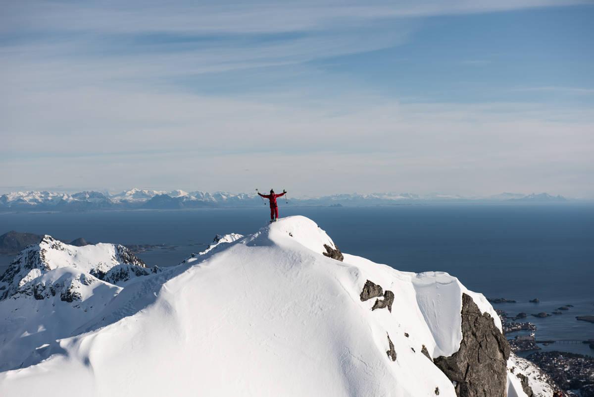 LOFOTEN: Se Seb Michaud, Nico Zacek og Greg Hill i Lofoten. Foto: GORE-TEX / Manuel Ferrigato