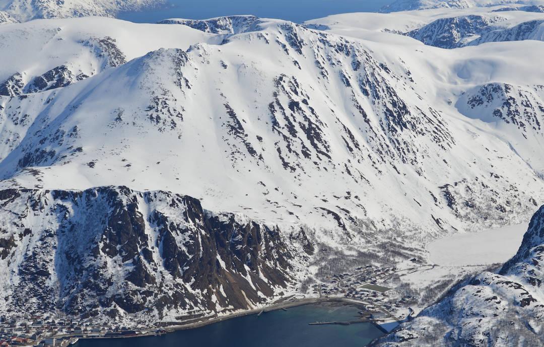 Middagstinden Finnmark topptur oversiktsbilde