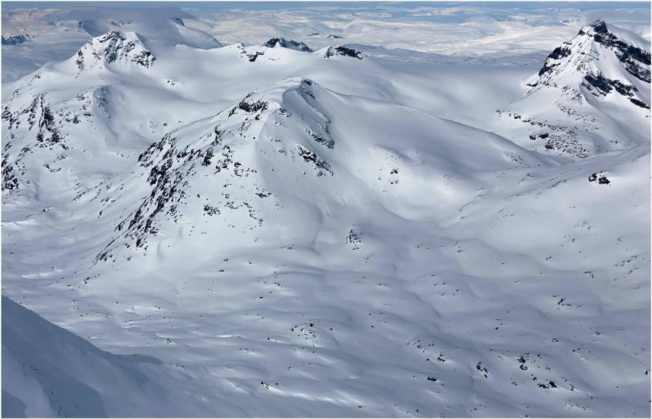 Surtningstinden sett fra sørøst. Foto: Thomas B. Svendsen. / Trygge toppturer