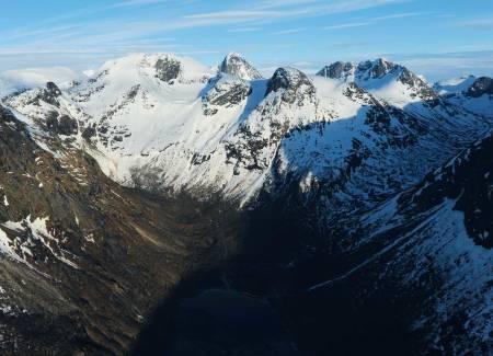 Rienatčohkka fra nordvest. Foto: Rune Dahl / Toppturer rundt Narvik
